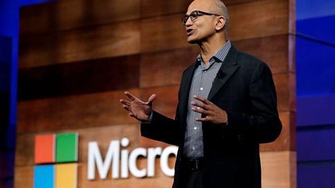 """Microsoft """"âm thầm"""" qua mặt Apple như thế nào?"""