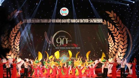 Lễ tôn vinh Nông dân Việt Nam xuất sắc 2020 ngập tràn sắc màu nghệ thuật