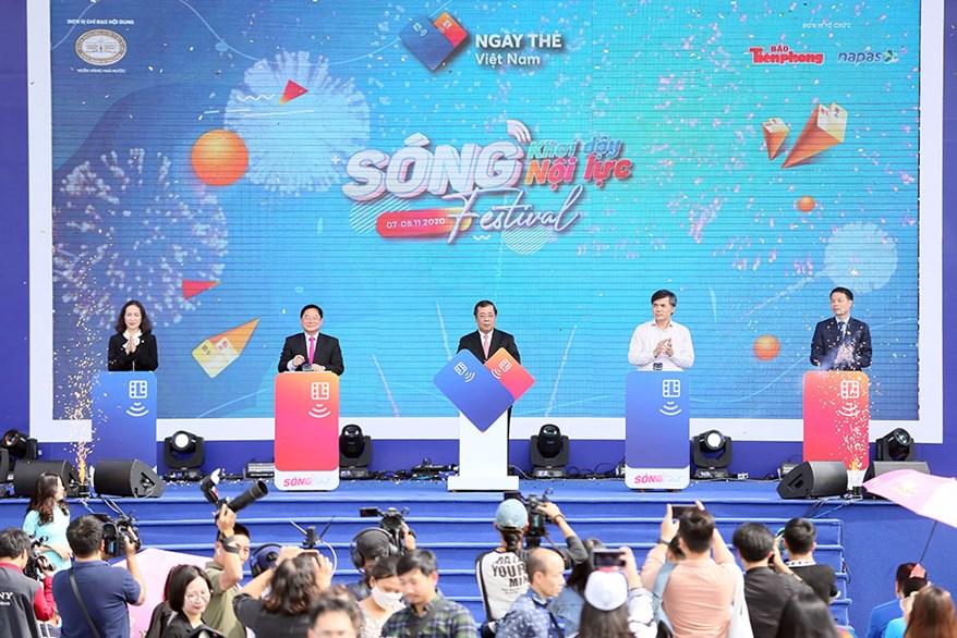 """""""Ngày thẻ Việt Nam 2020 - Sóng Festival"""": Ngày hội lớn của ngành ngân hàng và thế hệ trẻ"""